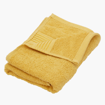 Essential Carded Textured Hand Towel - 50x90 cms